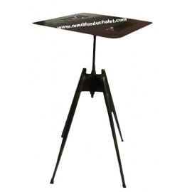 TABLE MANGE DEBOUT LOUNGE CASITA
