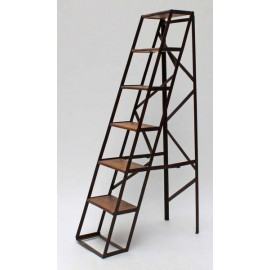 Étagère en forme d'échelle bois et métal